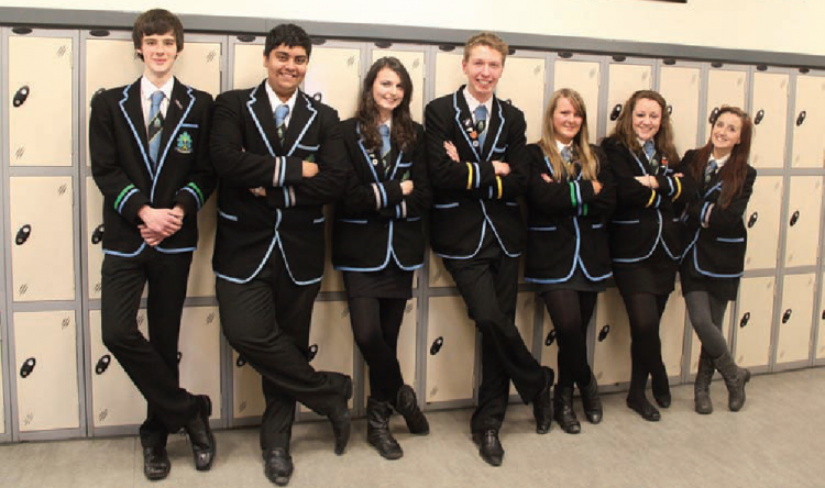 uniforms high school Cammeraygal high school is a uniform school all students are expected to wear the full school uniform as required wearing school uniform has many benefits, including: defining an identity for the school within our community developing students' sense of belonging to the school community.